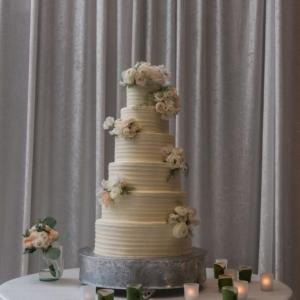kim starr wise wedding florals new orleans wedding cake decor