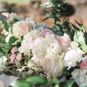new-orleans-southern-plantation-wedding-floral-arrangements-kim-starr-wise-040117-wedding-reception