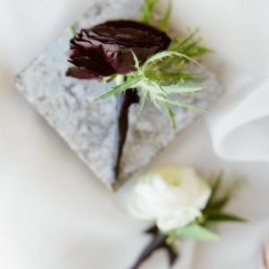 new-orleans-wedding-floral-arrangements-kim-starr-wise-groomsmen-boutonniere