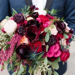 new-orleans-wedding-floral-arrangements-kim-starr-wise-winter-wedding-bouquet