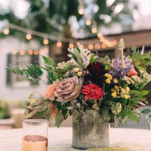 new orleans wedding floral arrangements kim starr wise table centerpieces dahlias