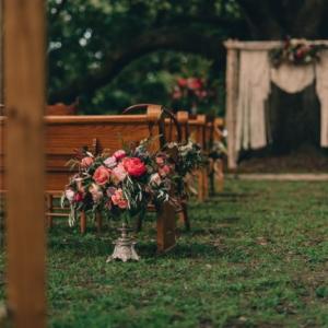 new orleans wedding floral arrangements kim starr wise macrame wedding backdrop boho style