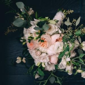 kim-starr-wise-bridal-bouquet-new-orleans